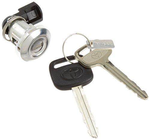 Genuine Toyota 69058-35140 Cylinder and Key Set