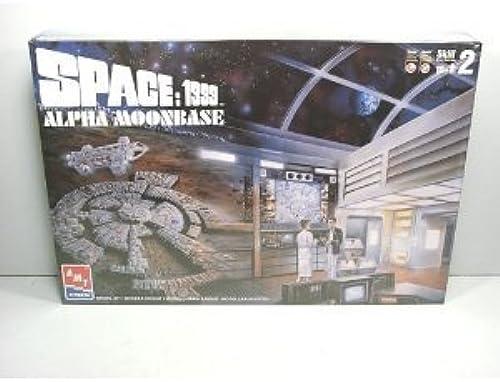 Space 1999 Alpha Moonbase Model Kit by AMT Ertl