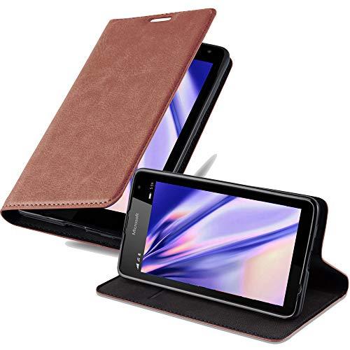 Cadorabo Hülle für Nokia Lumia 535 in Cappuccino BRAUN - Handyhülle mit Magnetverschluss, Standfunktion & Kartenfach - Hülle Cover Schutzhülle Etui Tasche Book Klapp Style