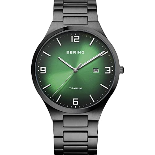 Bering Reloj analógico de cuarzo para hombre con correa de titanio y correa de titanio 15240-728