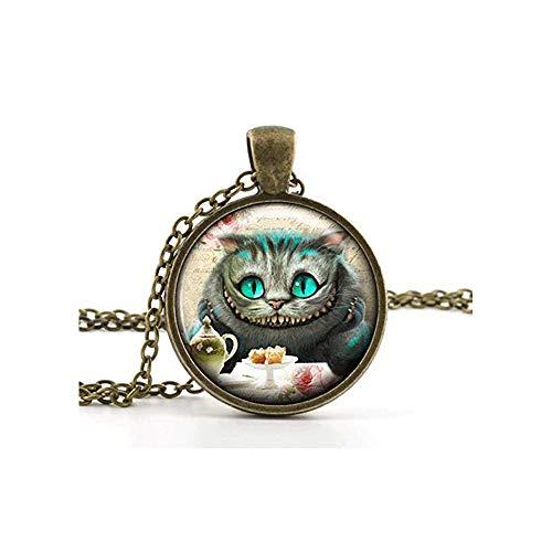 J Shop Vintage Alice in Wonderland Pendant Necklace