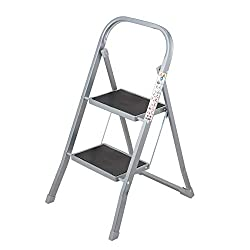 EXTENDED REACH: 2-tier step ladder provides a boost in height for accessing high-up cupboard spaces, cabinets and shelving units 150 KG MAXIMUM WEIGHT: Able to withstand a maximum weight of 150 kg, ideal for tackling light DIY tasks around the home E...