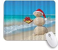 KAPANOU マウスパッド、サンタの帽子と現在のトロピカルビーチオーストラリアのノエルとクリスマスの砂雪だるま おしゃれ 耐久性が良い 滑り止めゴム底 ゲーミングなど適用 マウス 用ノートブックコンピュータマウスマット