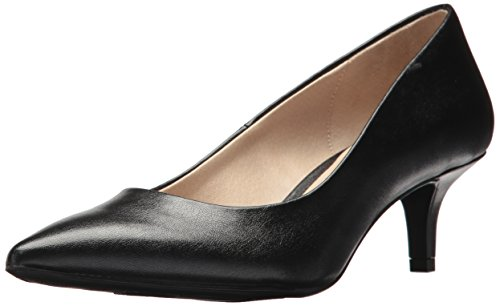 LifeStride Women's Pretty Pump, Black, 5 M US