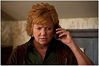 Girls Becky Ann Baker as Loreen Horvath on Cell Phone 8 x 10 inch photo