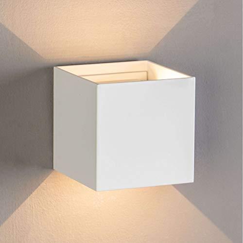 KOSILUM - Applique LED design Cubic - blanc - angle ajustable - Lumière Blanc Chaud Eclairage Salon Chambre Cuisine Couloir - 6.8W - 500 lm - LED intégrée - IP54