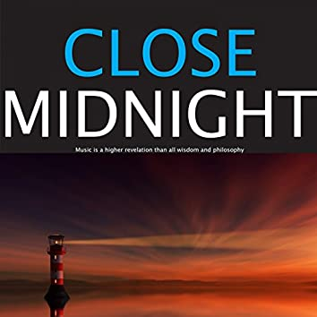Close Midnight (Music City Entertainment Collection)
