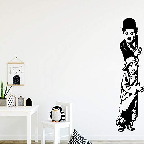 Banksy Comedy master Charlie Chaplin Movie The Kid Funny peep Etiqueta de la pared Vinilo Art Decal Boy Kids Fans Dormitorio Sala de estar Estudio Decoracin para el hogar Mural