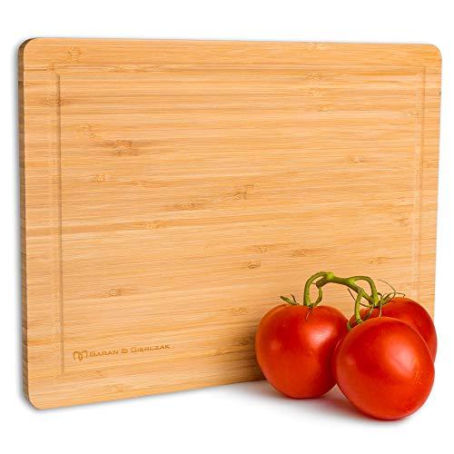 Baran&Gierczak | Premium Bambus Schneidebrett aus nachhaltigem Holz | 33 x 24 x 1,2 cm | Klingenschonendes Holzbrett mit Saftrille | Küchenbrett für alle Lebensmittel geeignet