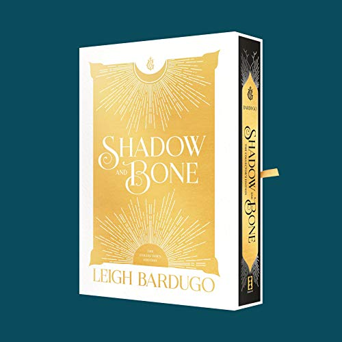Shadow and Bone: The Collectors Edition: 1
