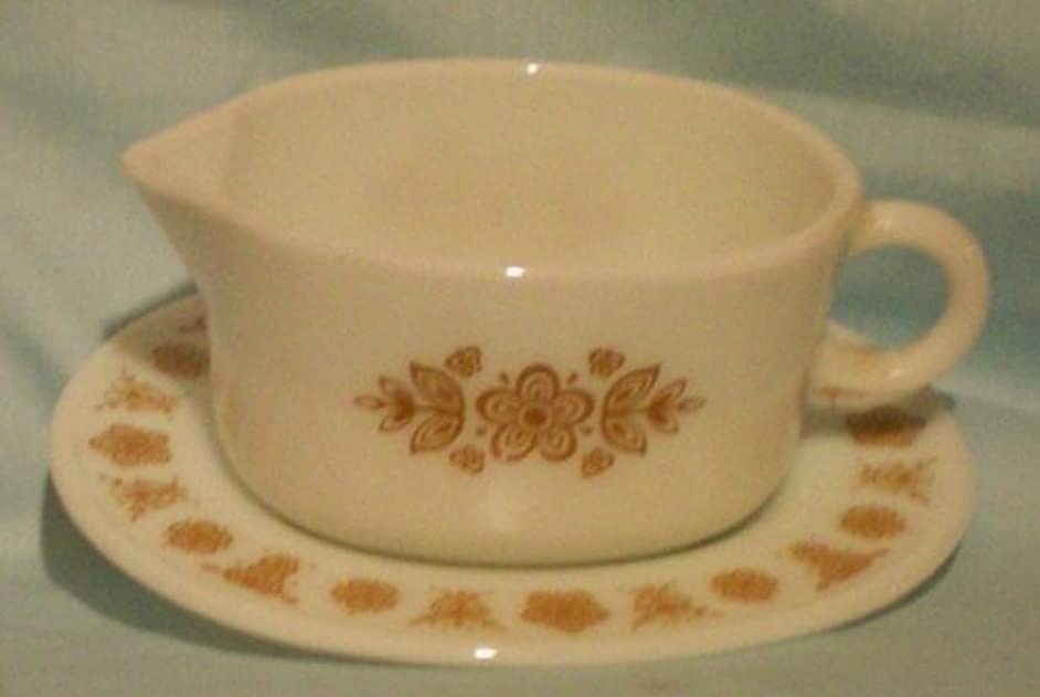 Corning Corelle Gold Butterfly Gravy Boat with Plate Holder