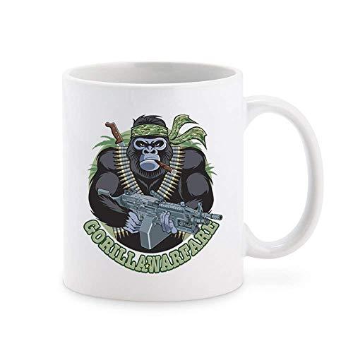 N\A Coole Gorilla Ape Warrior mit Maschinengewehr Gorilla Warfare Cartoon Kaffeetasse Teetasse Neuheit Geschenkbecher 11 oz
