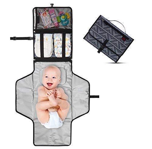 Cambiador Portátil de Pañales para Bebé - Kit Cambiador de Viaje - Completamente Acolchado - Esterilla Lavable de Quita y Pon - Para Usar Fuera y en la Casa - Perfecto como Regalo (Gray Dots)