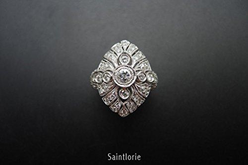 0.3 Carat Diamond Engagement Ring (0.30 Ct Pear Diamond)