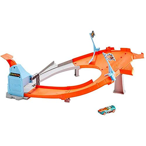 Hot Wheels Track Set Collection Drift Master Champion Action Playset GBF84 - Authentic Drifting Action