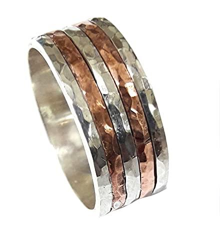 Anillo de compromiso de plata con 5 anillos alternados de plata-cobre, martillado con facetas y texto personalizado. Ag-Cu-Ag-Cu-Ag
