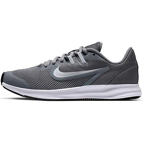 Nike Downshifter 9 (GS), Zapatillas de Atletismo Unisex Adulto, Multicolor (Cool Grey/Metallic Silver/Wolf Grey 000), 40 EU