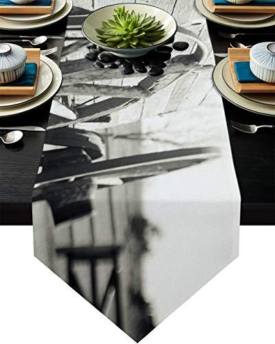 COMMER Camino de mesa, granja vintage de madera con ruedas de tocador, bufandas para decoración de mesa para bodas, ceremonias de graduación/banquete (33 x 228 cm)