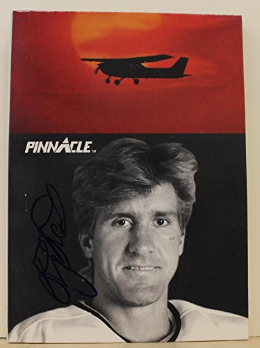 Rod Buskas Chicago Blackhawks Autographed 1991-92 Pinnacle Card #417. This item comes with a certificate of authenticity from Autograph-Sports. Autographed