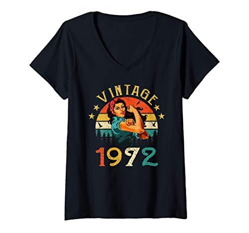Mujer 49 Años Cumpleaños Nacido en 1972 Vintage 1972 49 Cumpleaños Camiseta Cuello V