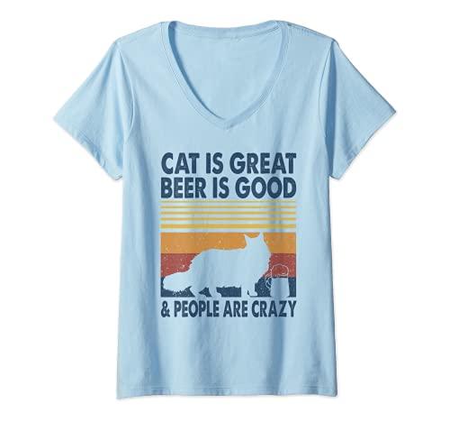 Mujer El gato es genial La cerveza es buena y la gente está loca Maine Coon Cat Camiseta Cuello V