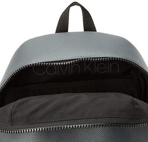 4185jH POwL - Calvin Klein Striped Logo Pu Round Backpack - Mochilas Hombre