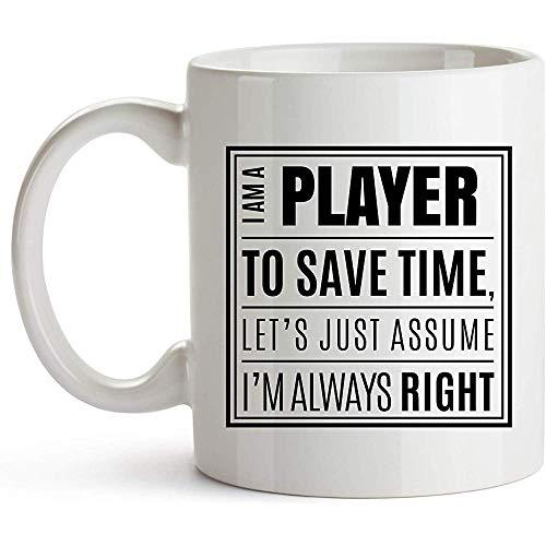 Spieler Kaffeetasse Keramik Kaffeetasse Kaffeetasse für Musik Fußball Bass Gitarre Hockey Fußball Spieler Spieler Berufsbezeichnung Kaffeetasse Ich bin ein Spieler Nehmen Sie einfach an, ich habe imme