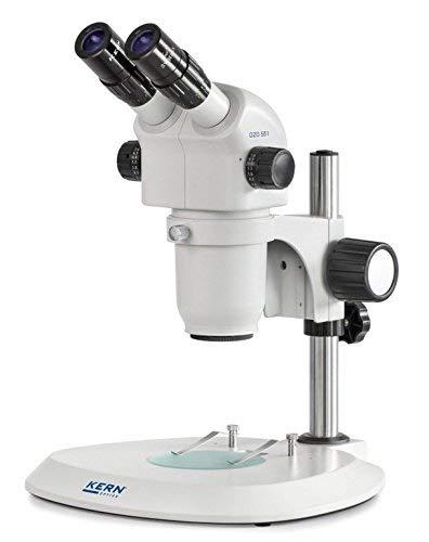 Stereo-Zoom Mikroskop [Kern OZO 551] Das Hochwertige für flexible und professionelle Anwender, Tubus: Binokular, Okular: HSWF 10x Ø23 mm, Sehfeld: Ø28,75-3,3 mm, Objektiv: 0,8x - 7x, Ständer: Säule