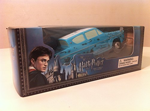 Wizarding World of Harry Potter : Bump-N-Go Ford Anglia Battery Operated Toy Car by Universal Studios