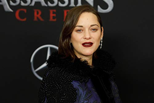 Posterazzi Poster Print Marion Cotillard at Arrivals for Assassin's Creed Premiere AMC Empire 25 New York Ny December 13 2016. Photo by Jason SmithEverett Collection Celebrity (10 x 8)