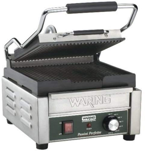 Waring Plaque grill compact dans ghias panini bar