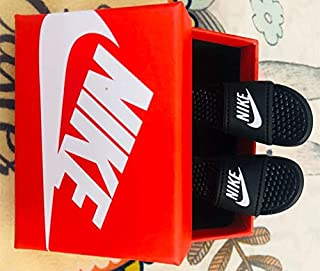 sneakers mini