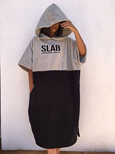 Slab-Poncho Toalla Clear Grey and Black Talla M/L
