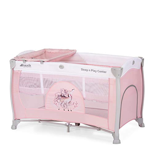 Hauck Sleep N Play Center 3, Reisebett 7-teilig ab Geburt bis 15 kg, faltbar und kippsicher, Neugeborenen Einhang, Wickelauflage, seitlicher Ausstieg, Netztasche, Räder, Transporttasche, rosa