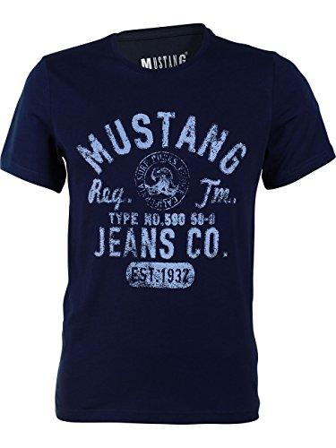 MUSTANG Herren T-Shirt Rundhals Kurzarm Logo Print Baumwolle Schwarz Weiß Blau Grau S M L XL 2XL 3XL, Größe: M, Ausführung: EST.1932 (Mood Indigo)