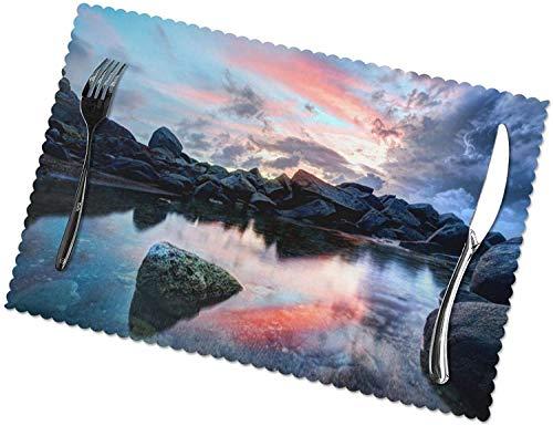 Rock River Sky Landscape Tischsets 4er-Set für 12 x 18 Zoll Esstisch Hitzebeständige waschbare Tischsets Polyester Dekorative Küchentischmatten und leicht zu reinigen