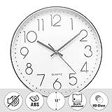 Jeteven 30cm Rund Wanduhr mit geräuscharmem Uhrwerk mit schleichender Sekunde groß Quarz-Wanduhr Kinderuhr ohne Tickgeräusche modern für Wohn- /Schlaf- / Kinderzimmer Büro Cafe Restaurant (Silber)