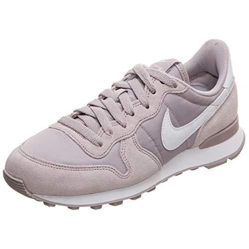 Nike Damen Internationalist Leichtathletikschuhe, Mehrfarbig (Violet Ash/White 000), 42.5 EU