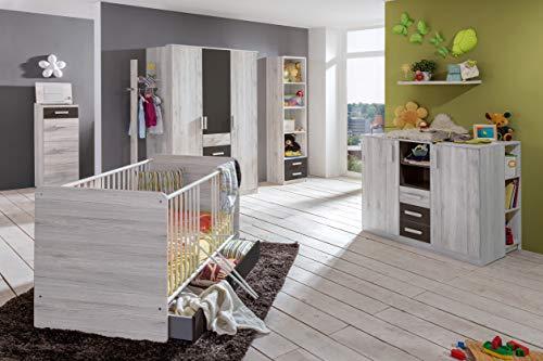 Babyzimmer Cariba in Weißeiche und Graphit von Wimex 7 teiliges Superset mit Schrank, Bett mit Lattenrost und Umbauseiten, Bettschubkasten, Wickelkommode und Seitenregal