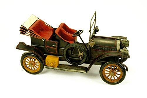 CAPRILO Figura Decorativa de Metal Coche de Época Antiguo. Vehículos. Adornos y Esculturas. Coleccionismo. 33 x 14 x 18 cm.