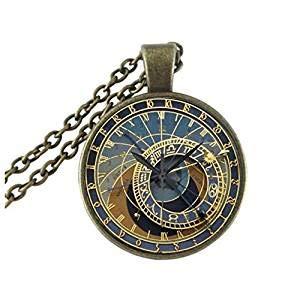 Tiny astronomischer Steampunk Anhänger Messing Anhänger Glasanhänger Prag Uhr Anhänger Messing Halskette Glaskette Steampunk Halskette