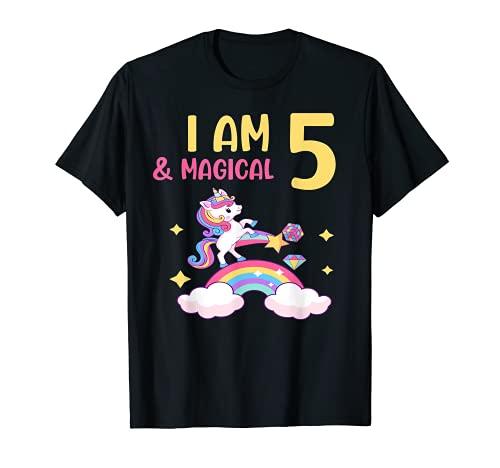Girls I am 5 & Magical Birthday Unicorn Rainbow 5 años Camiseta