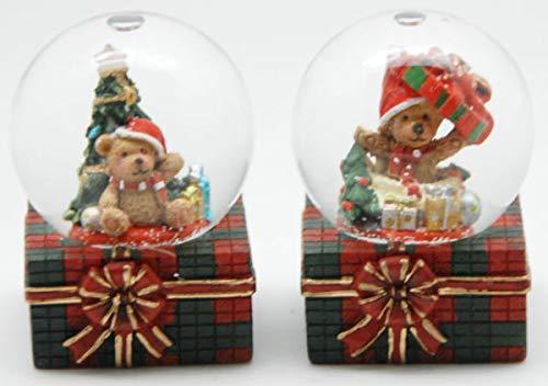 0324900570 2er Set süße Mini-Schneekugeln Weihnachtsbär auf Kariertem Sockel Durchmesser 45mm mit Luftblase