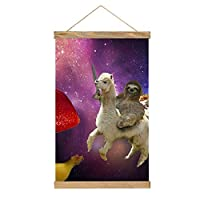 アルパカに乗って面白いナマケモノ ペンケ Sloth タペストリー 掛け画 壁飾り キャンバス 巻物 アートポスター 多機能 部屋飾り 掛け軸 掛け棒 リビングルーム ベッドルーム 新築祝い 個性プレゼント