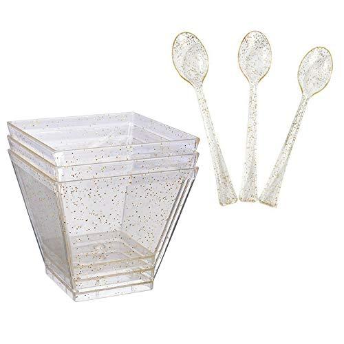 Paquete de 25 tazas cuadradas de postre pequeñas, de plástico dorado con purpurina de 2 onzas con mini cucharas desechables de degustación – ideal para fiestas postres aperitivos