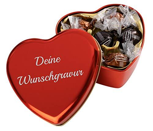 Pralinendose in Herzform mit individueller Gravur | Herzdose mit 6 Pralinen in heller und dunkler Schokolade mit Nougat-Füllung (54g)