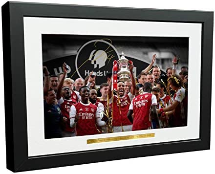 12x8 A4 Signed 2020 FA CUP WINNERS Pierre Emerick Aubameyang Arsenal FC Autographed Photo Photograph product image
