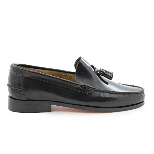 Zapatos Castellanos Marca Benavente borlas Piso Goma Negro - Benavente