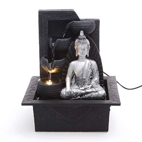 Creative Touch - Fuente de Buda plateado con 4 cuencos de agua con luz LED, tamaño 21 x 17,5 x 24 cm, diseño en Gran Bretaña, se suministra con un adaptador de 2 pines de la UE