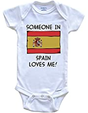 ECNM56B Alguien en España me ama con la Bandera española Baby Onesie